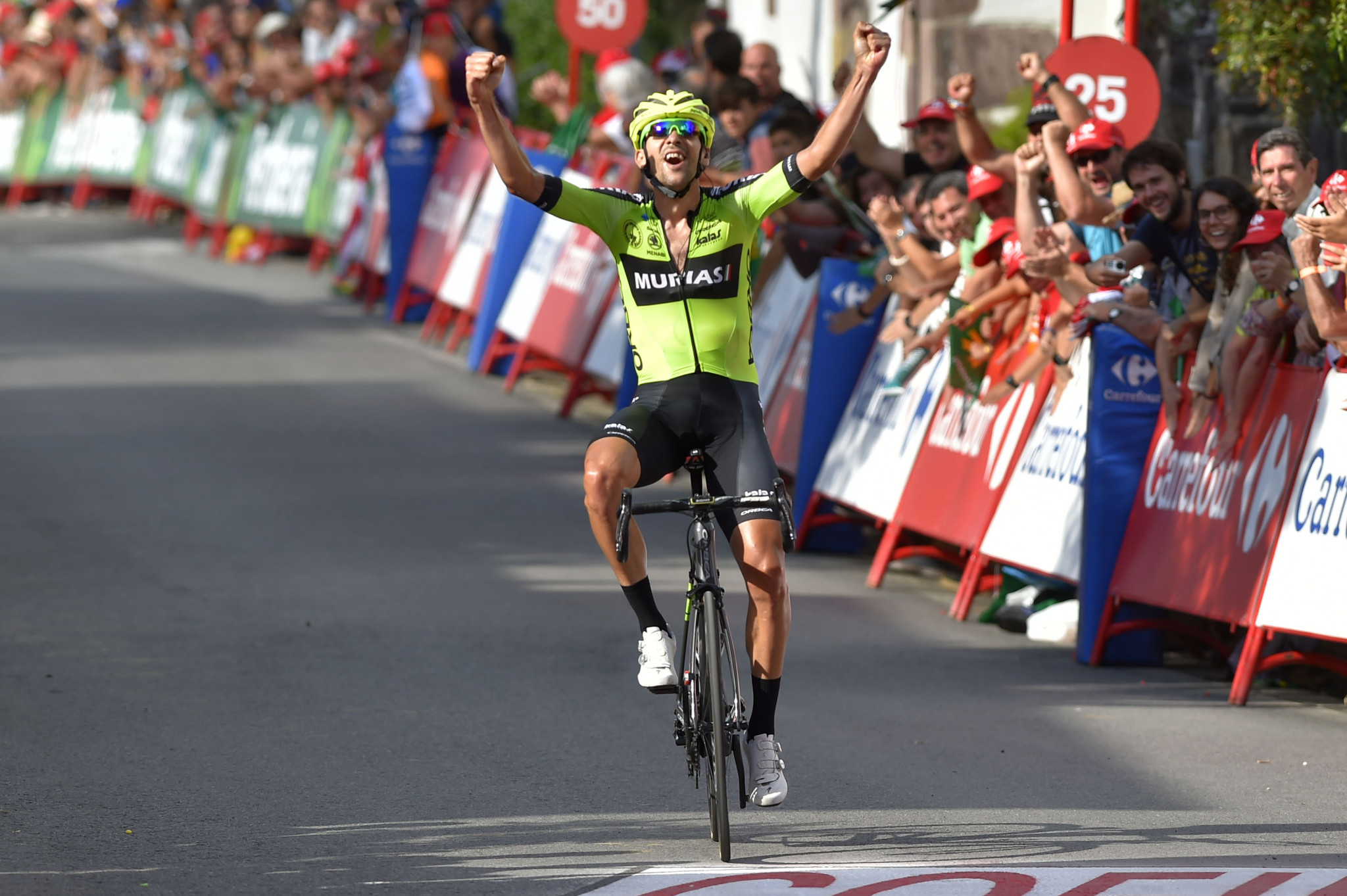 Iturria clinches first professional win with stage 11 victory at Vuelta a España