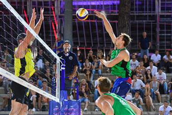 Ondrej Perusic and David Schweiner progressed to the last 16 in Rome ©FIVB