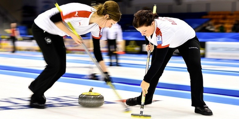 Nielsen guides hosts Denmark to opening day win at European Curling Championships