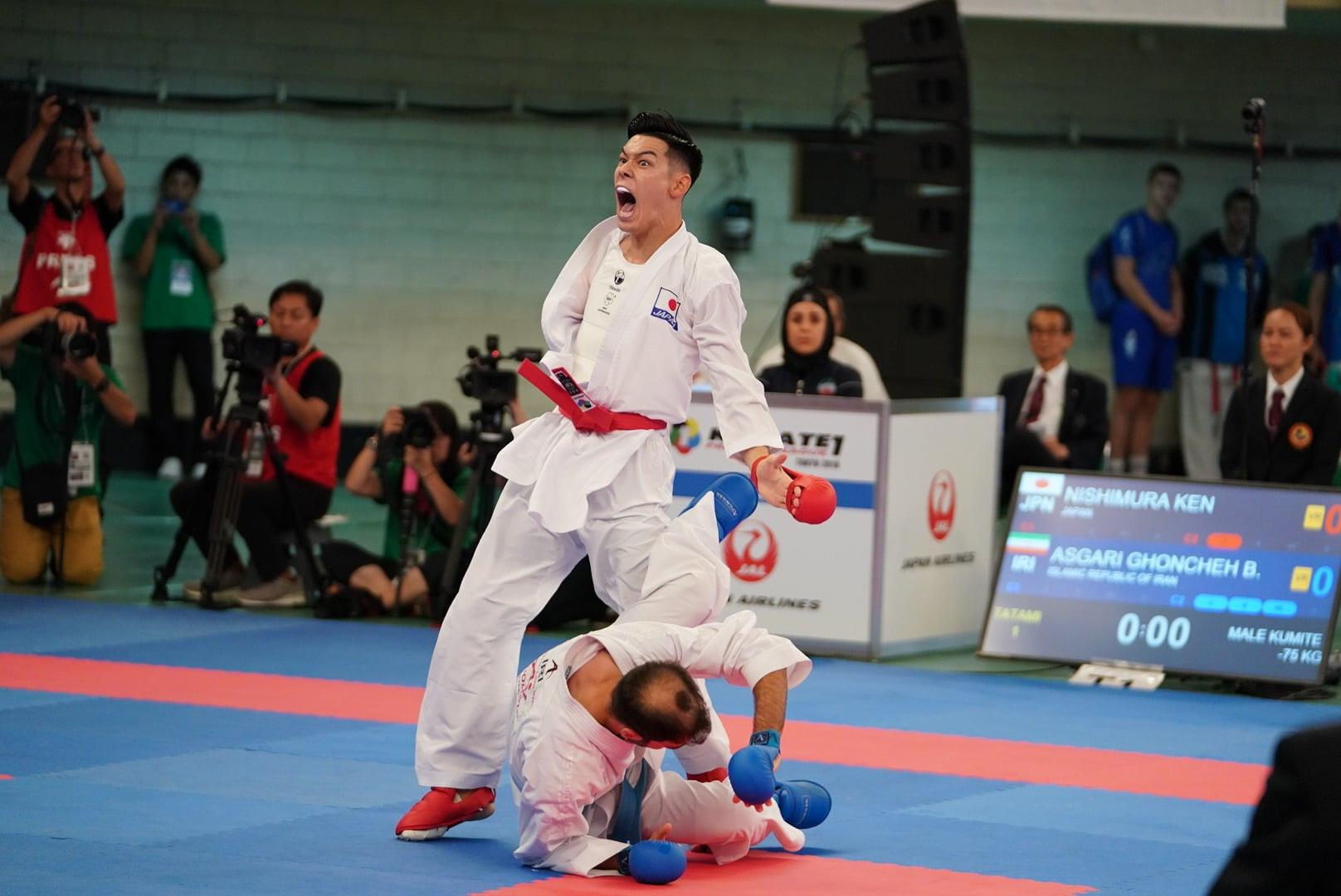 Ken Nishimura of Japan qualified for the men's kumite 75kg final by defeating Iranian Bahman Ghoncheh Asgari by