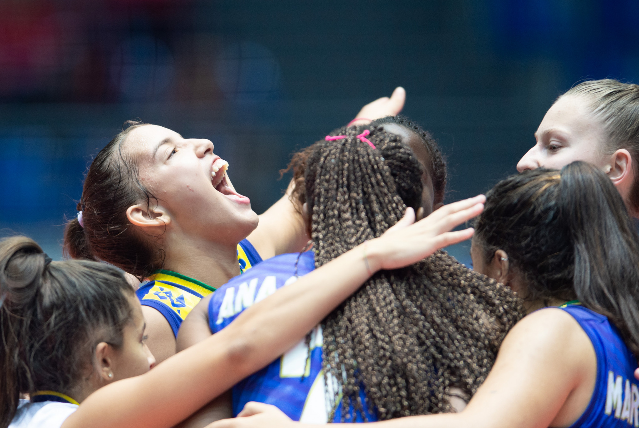Three-times world champions Brazil enjoy the feel of a 3-0 win over Cameroon in their pool match today at the FIVB Girls' U18 World Championship in Egypt ©FIVB