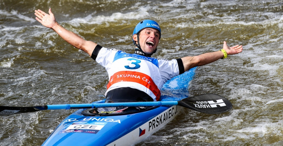 Jiří Prskavec triumphed in the men's K1 to clinch the overall World Cup crown ©ICF