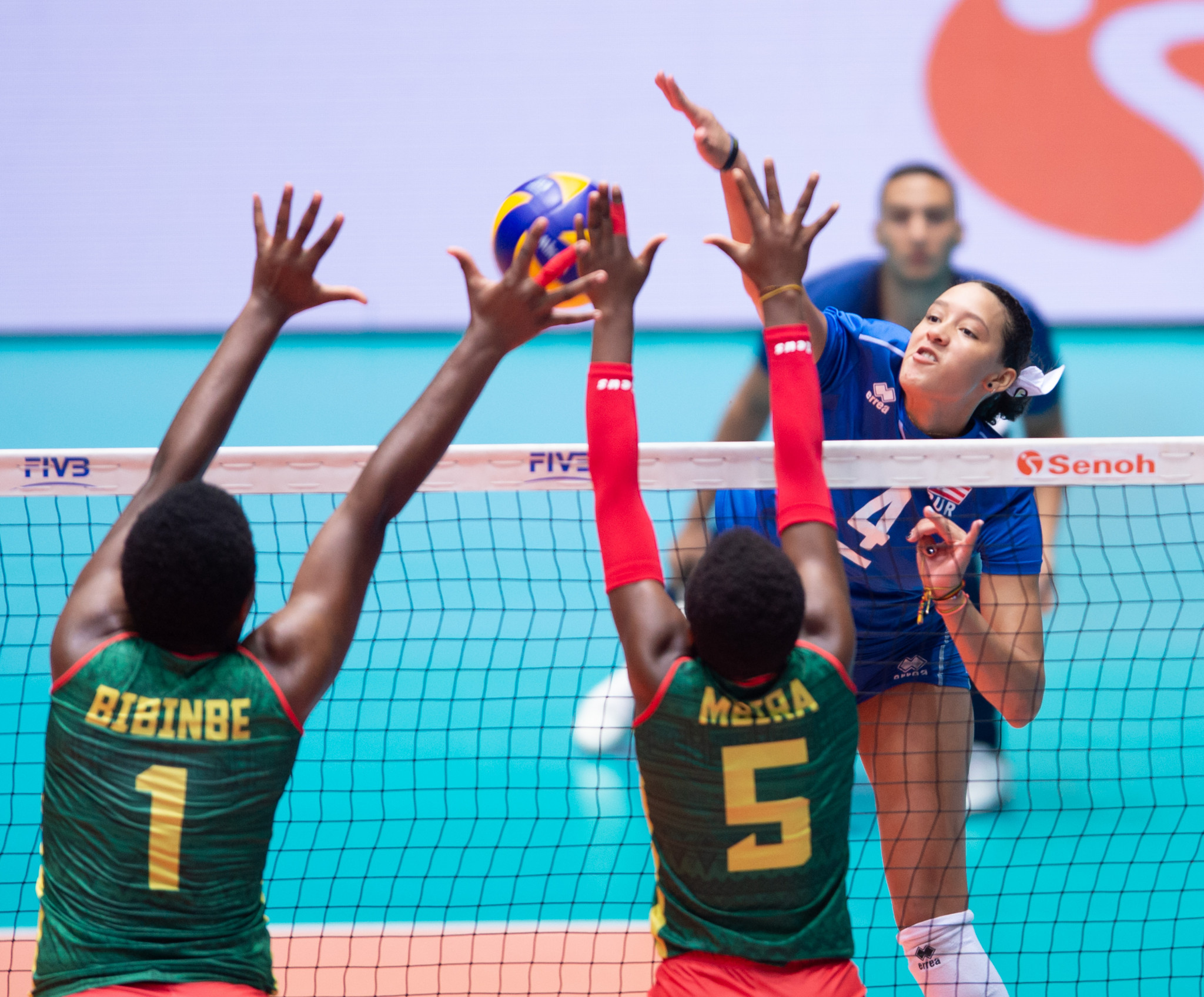 Puerto Rico claimed a big victory today to go through ©FIVB