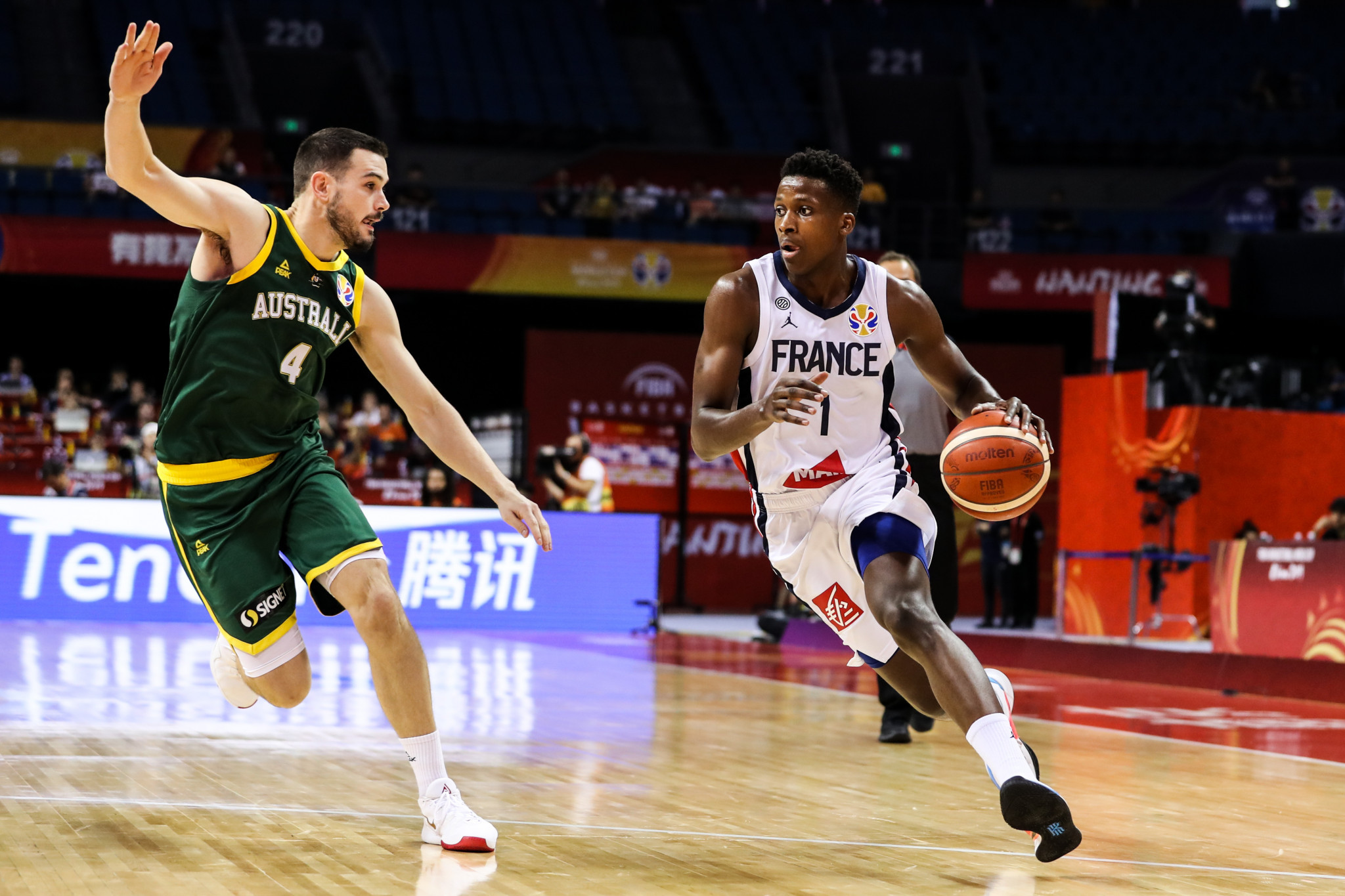 Australia and United States top second round groups at FIBA World Cup