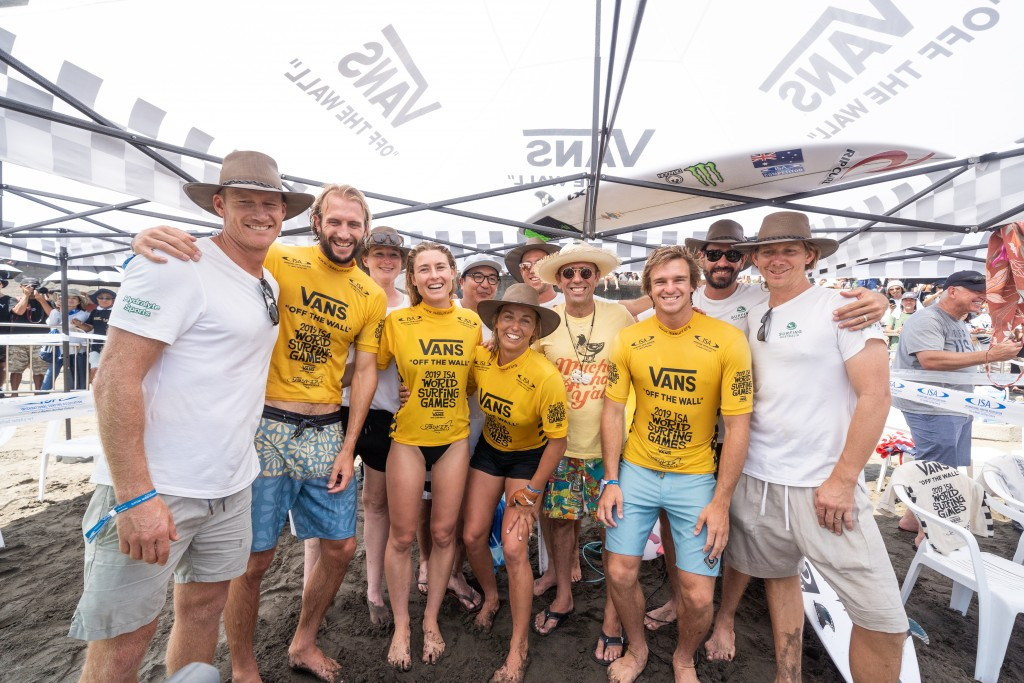 Australia won the Aloha Cup at the World Surfing Games ©ISA