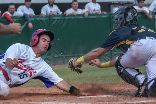 Croatia defeated Sweden 17-2 for their first victory of the tournament ©Baseball-em.de