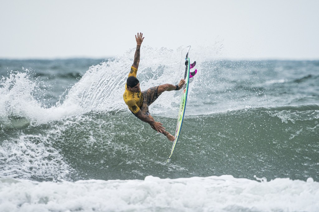Brazil's Gabriel Medina has earned a place in one of the main event semi-finals ©ISA