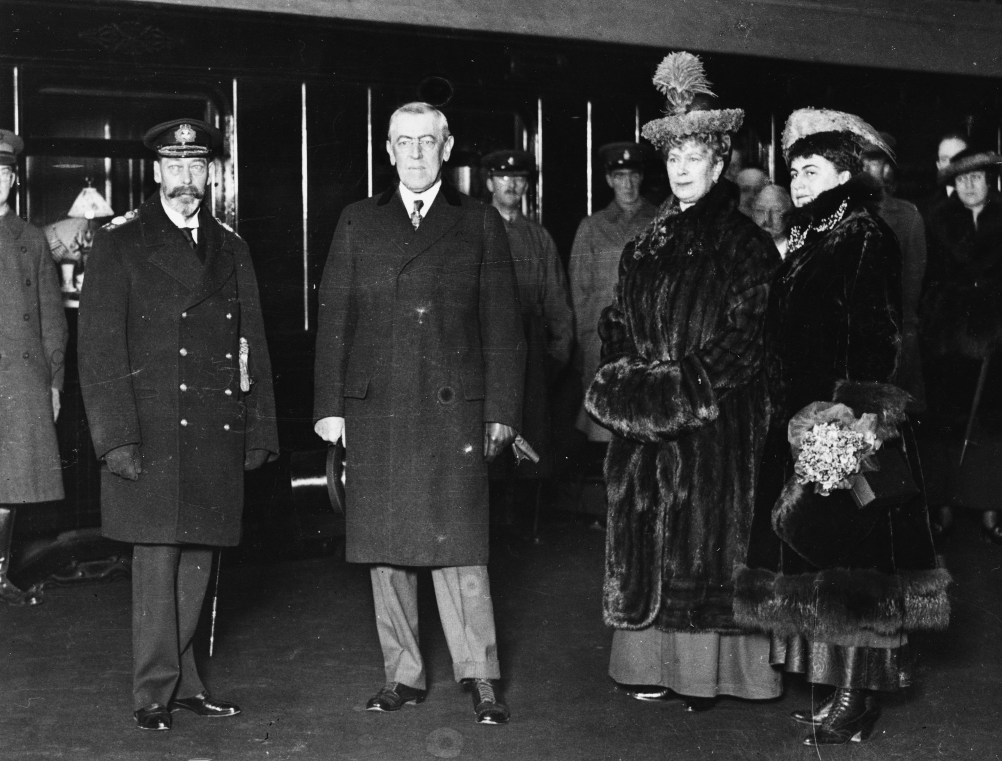 King George V, left, was very involved with the Kings Cup. Here he is alongside US President Woodrow Wilson in 1918 ©Getty Images