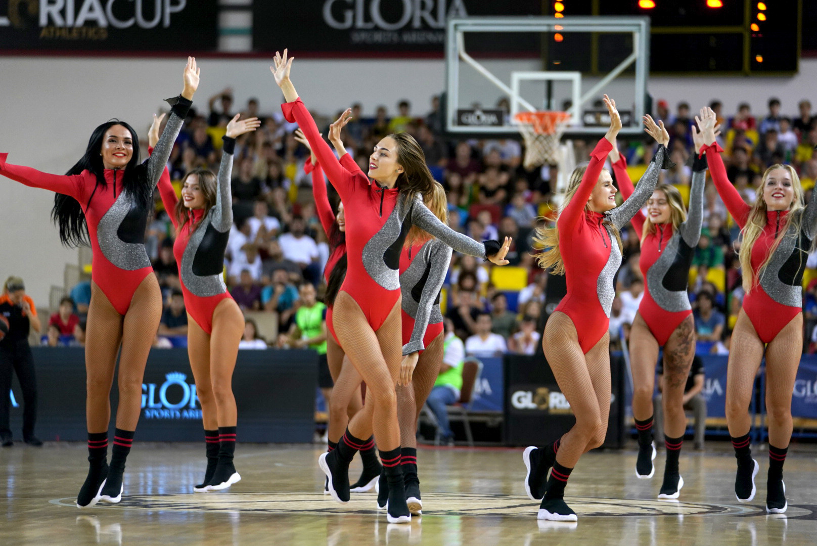 The cheerleaders put on a great half-time show for the packed out auditorium at Gloria Sports Arena ©GSA