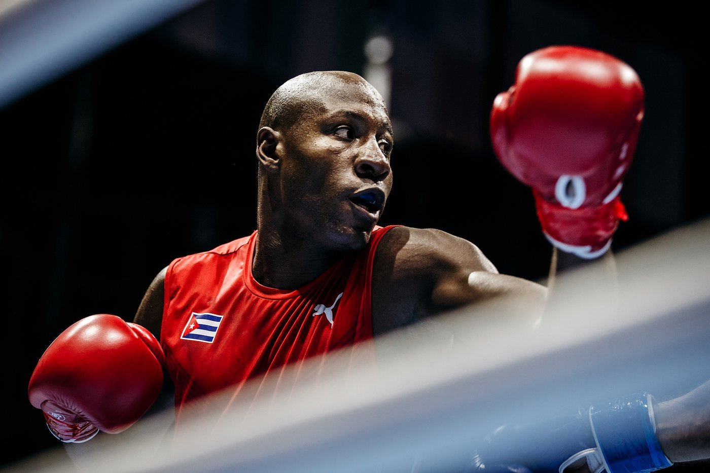 Heavyweight top seed Savón begins title defence with unanimous win at AIBA World Championships