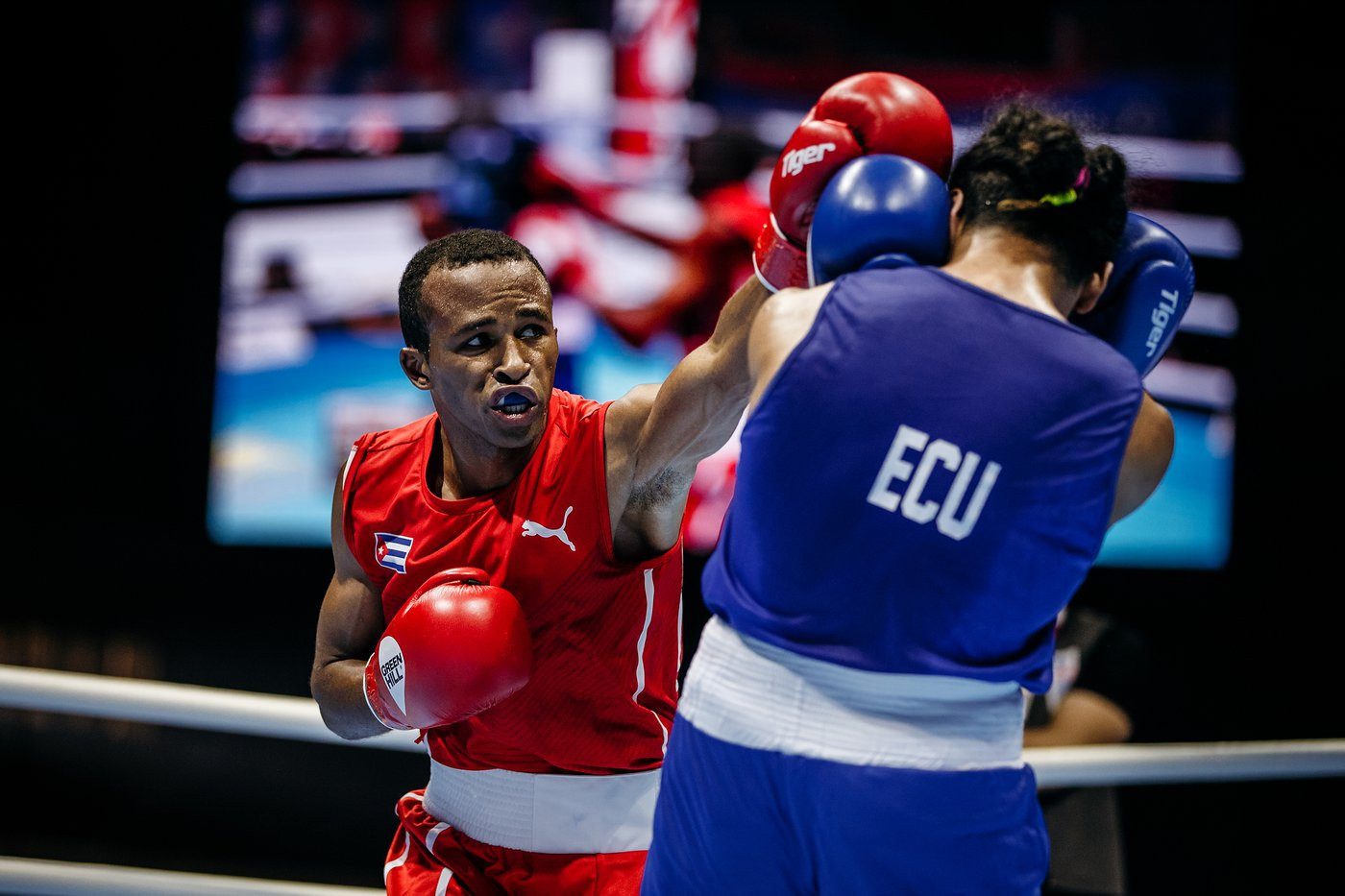 Cuba's Lazaro Álvarez, featherweight top seed, triumphed in his opening bout at the AIBA World Championships ©Yekaterinburg 2019