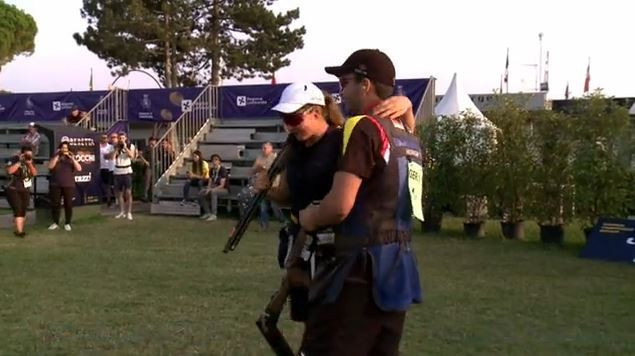 Germany's pairing celebrate victory in the skeet mixed junior team event at the European Championship Shotgun ©ESC