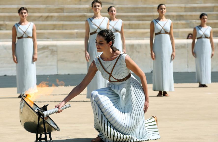 High Priestess Xanthi Georgiou lights the Torch ©Hellenic Olympic Committee/Paris Sarrikostas
