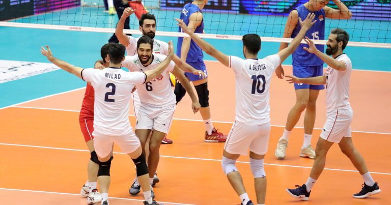 Hosts Iran celebrate after ending China's unbeaten run at the Asian Men's Volleyball Championship in Tehran with a 3-0 win ©AVC