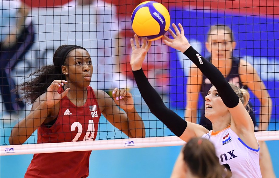 United States and China remain unbeaten at FIVB Women's World Cup