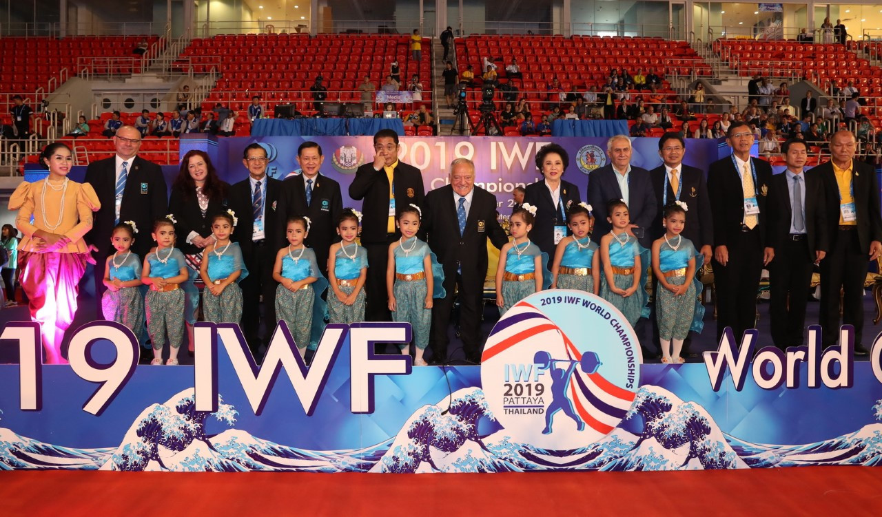 IWF officials, including Aján, posed for a group photograph ©IWF