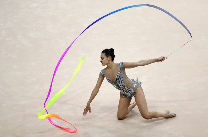 Linoy Ashram of Israel headed qualifying in the ribbon at the Rhythmic Gymnastics Championships ©Getty Images