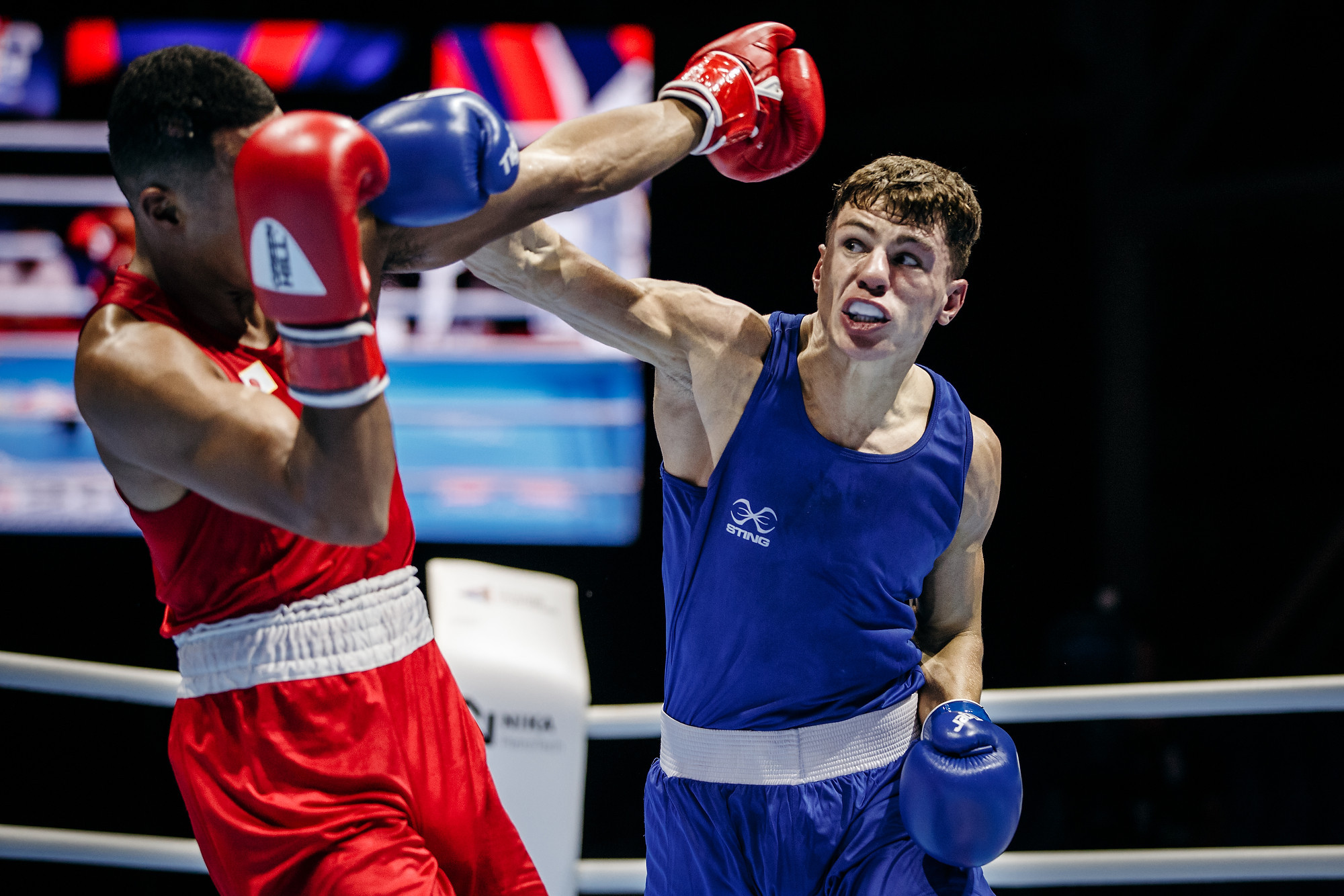England's European and Commonwealth champion Pat McCormack edged past Sewonrets Okazawa of Japan 3-2 to reach the welterweight semi-final ©Yekaterinburg 2019