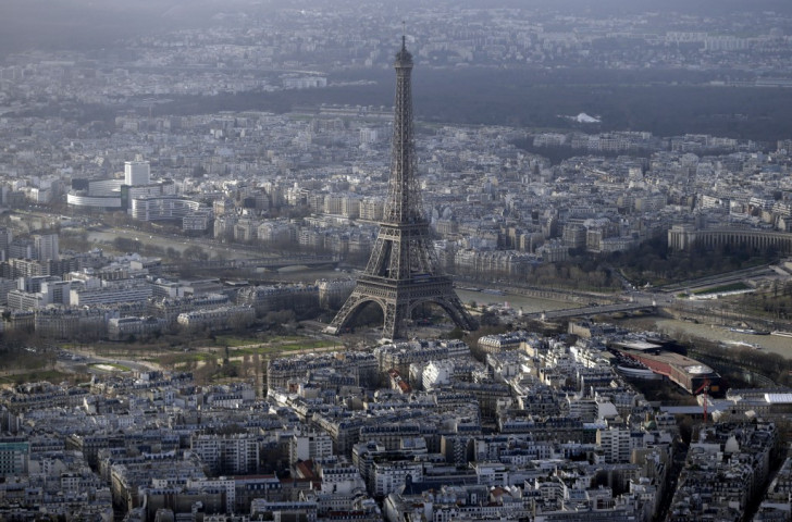Paris's bid has been boosted today by a show of support from the Ȋle de France region which surrounds the capital ©AFP/Getty Images