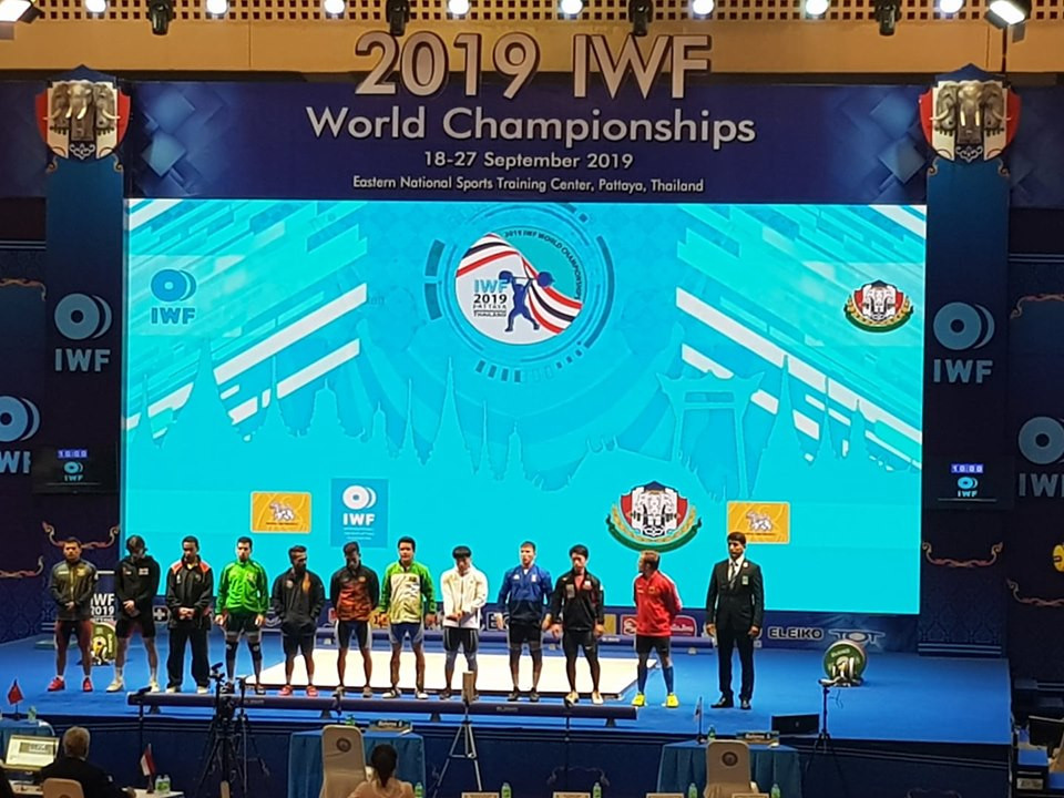 IWF World Championships: Day two of competition