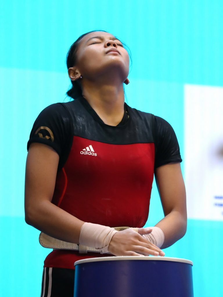 There was also an impressive performance by 17-year-old Indonesian Windy Cantika Aisah, who improved her own youth world records in the snatch, clean and jerk and total ©IWF