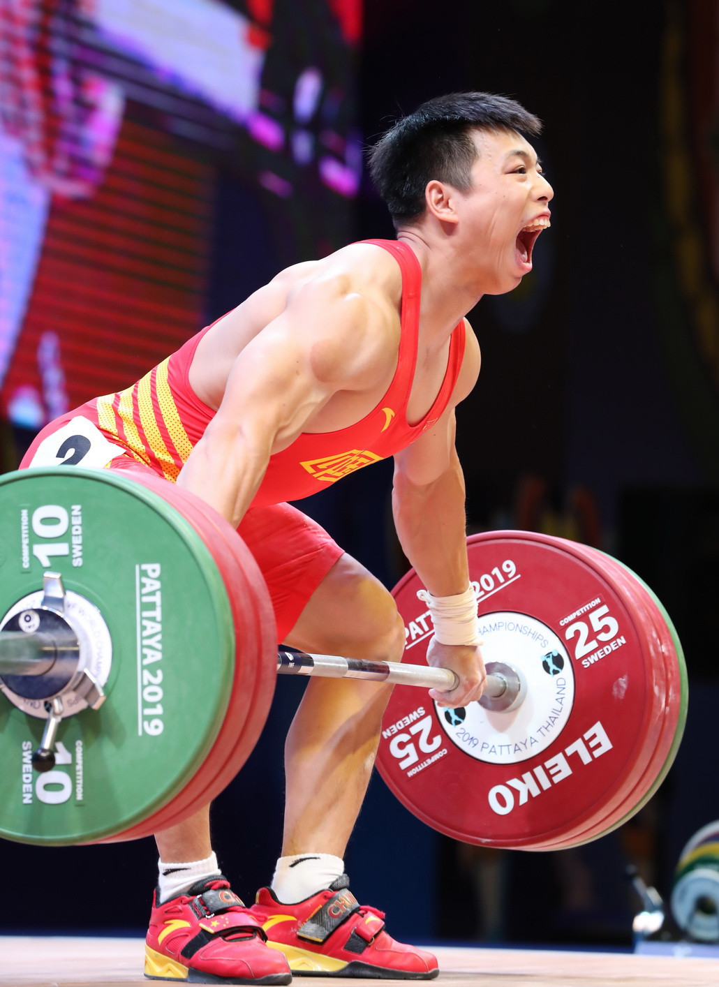 Defending champion Chen Lijun triumphed overall with 337kg, despite not winning either the snatch or the clean and jerk competitions ©IWF