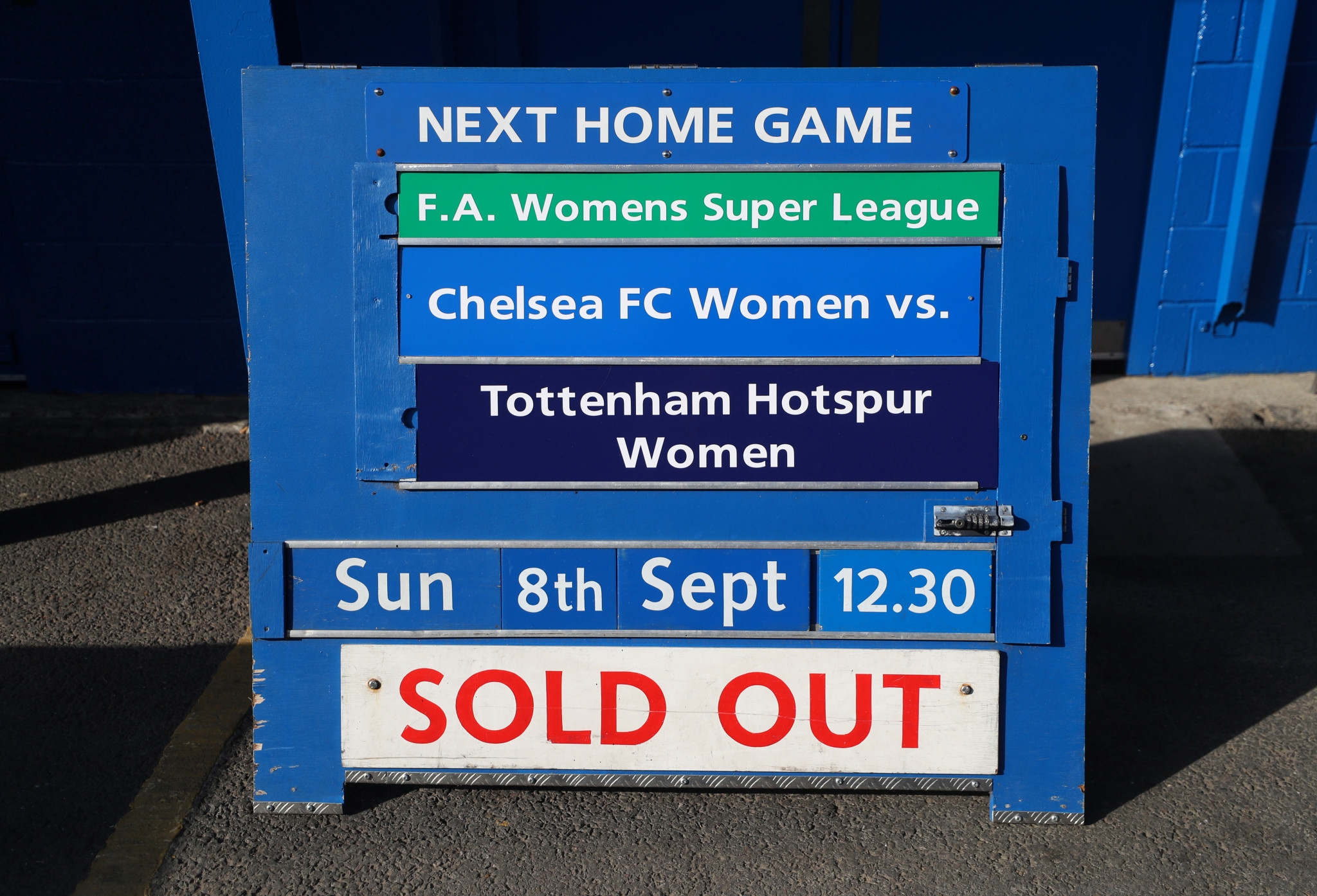 The FA Women's Super League match between Chelsea and Tottenham Hotspur, which offered free tickets, was supposedly sold out ©Getty Images