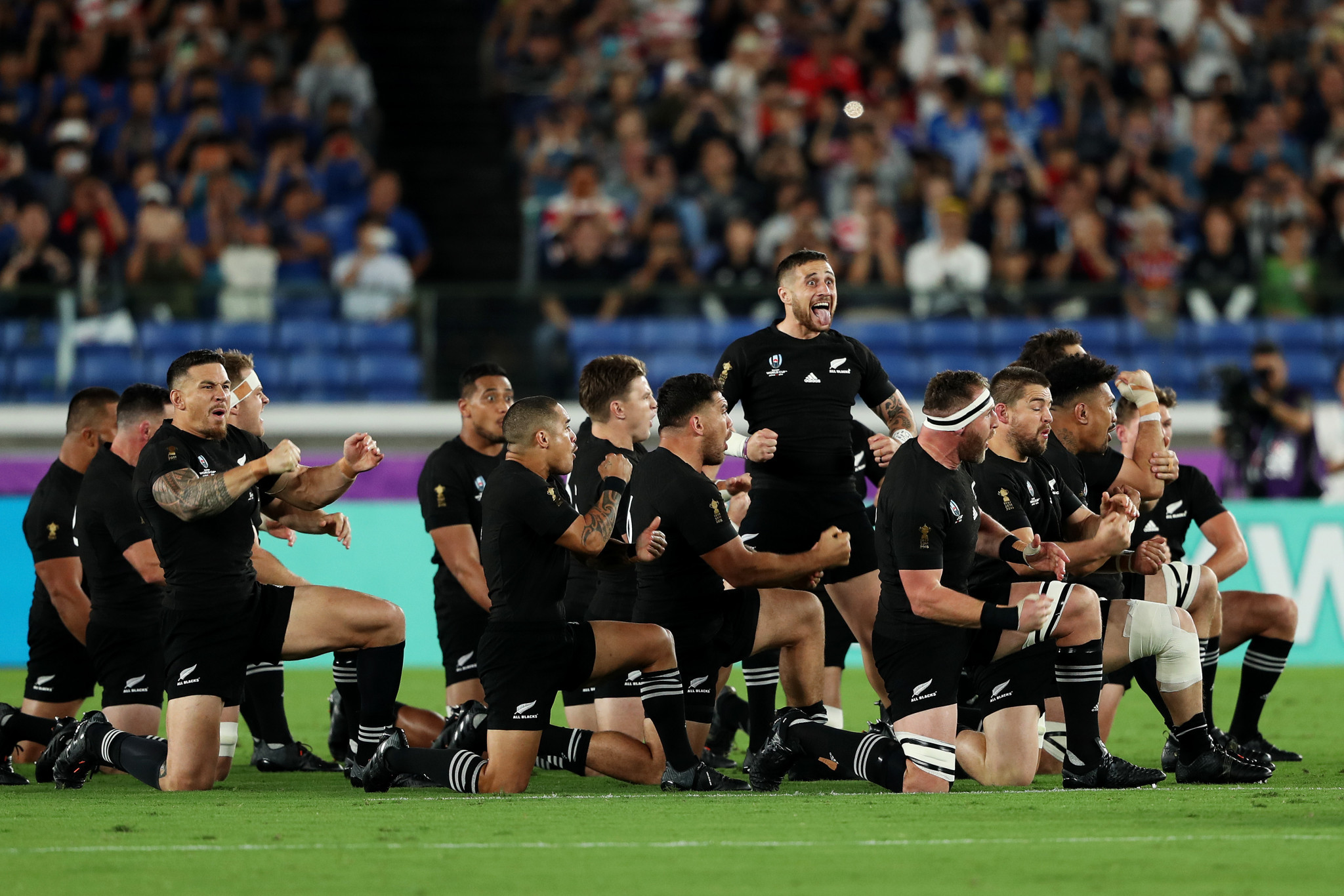 TJ Perenara leads the traditional New Zealand haka ©Getty Images
