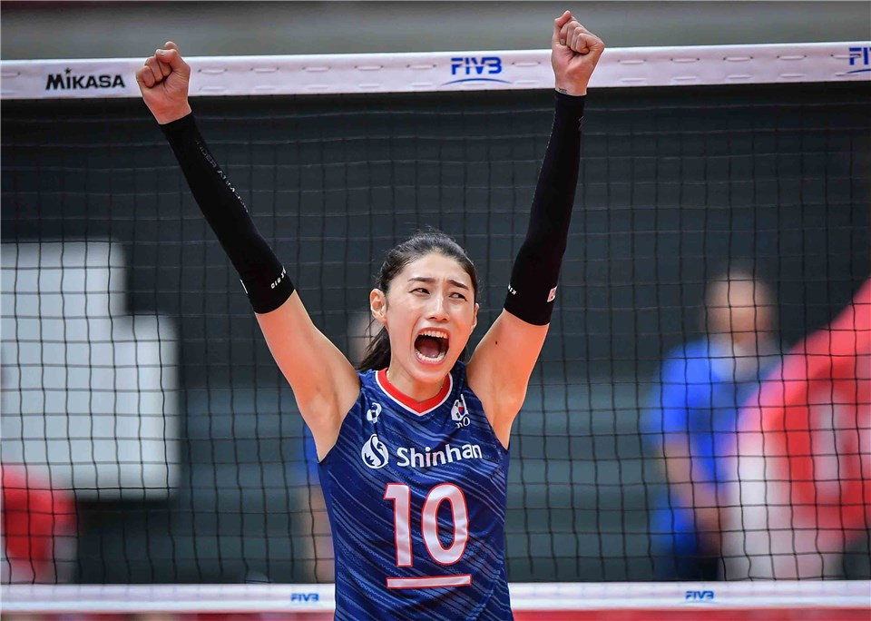 South Korea recorded an impressive win over world champions Serbia ©FIVB