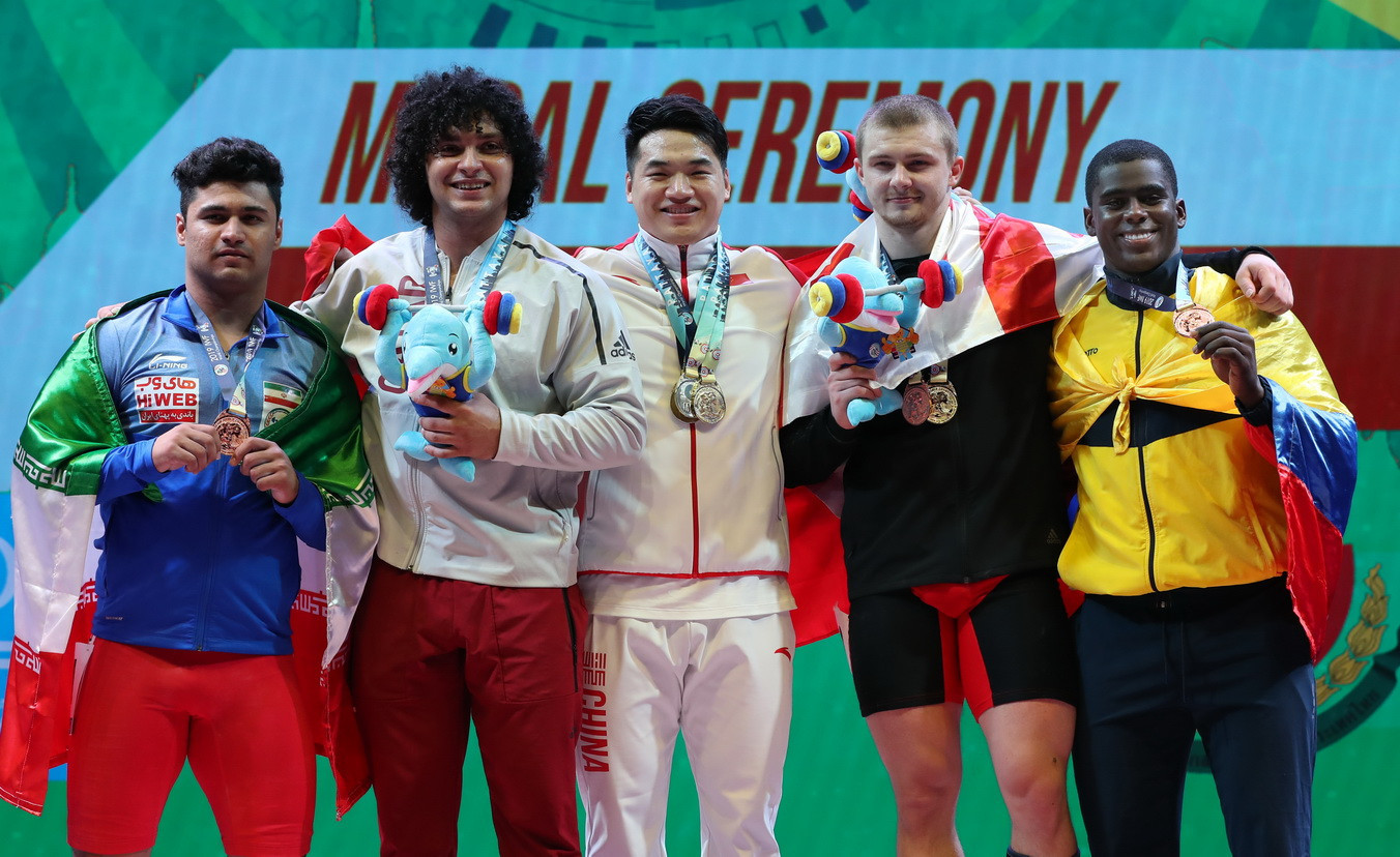 Tian and Rim taste victory on day seven of IWF World Championships
