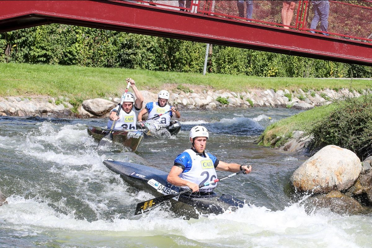 France claim gold medal hat-trick on day one of ICF Wildwater Canoeing World Championships