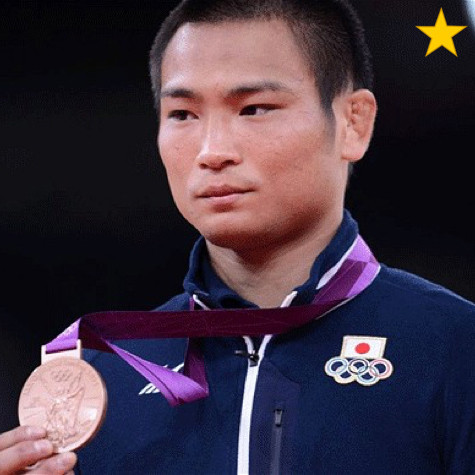 Ebinuma Masashi: Triple world champion