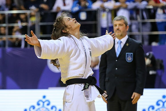 The women's under-52kg final turned into a marathon as Veronica Toniolo of Italy and Russia's Liliia Nugaeva battled for nearly 15 minutes ©IJF