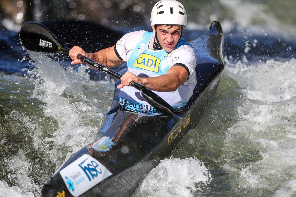 Competitive qualifying sets up fascinating finals at Wildwater Canoeing World Championships