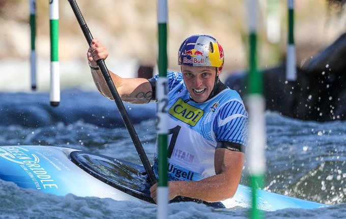 Olympic champion Joe Clarke of Britain was the second fastest qualifier in the men's K1 heats at the Canoe Slalom World Championships behind the impressive Jakub Grigar of Slovakia ©ICF