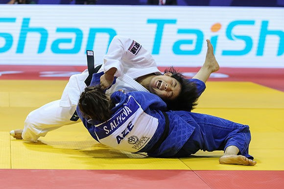 Japan proved too good for Azerbaijan in Almaty, winning 4-1 ©IJF