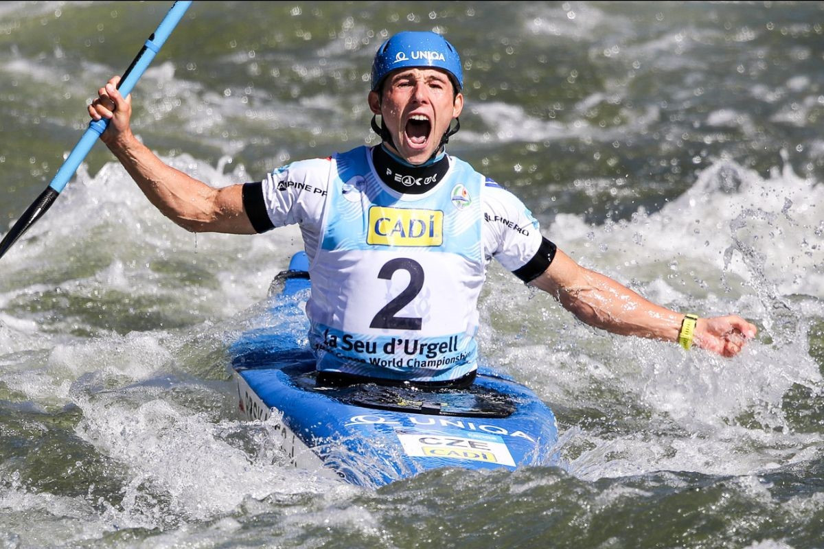 Prskavec and Herzog clinch final individual titles at Canoe Slalom World Championships