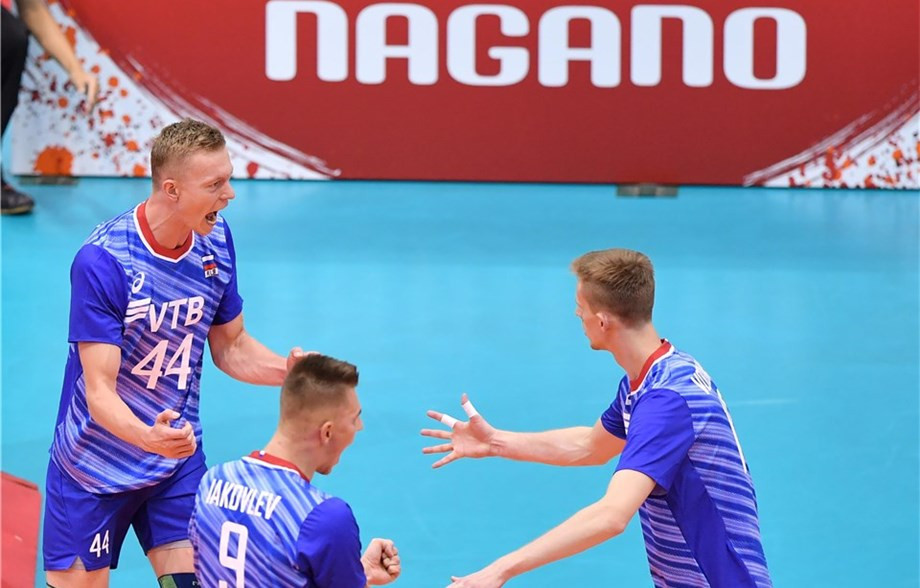 Russia recovered from two sets down to beat Canada ©FIVB