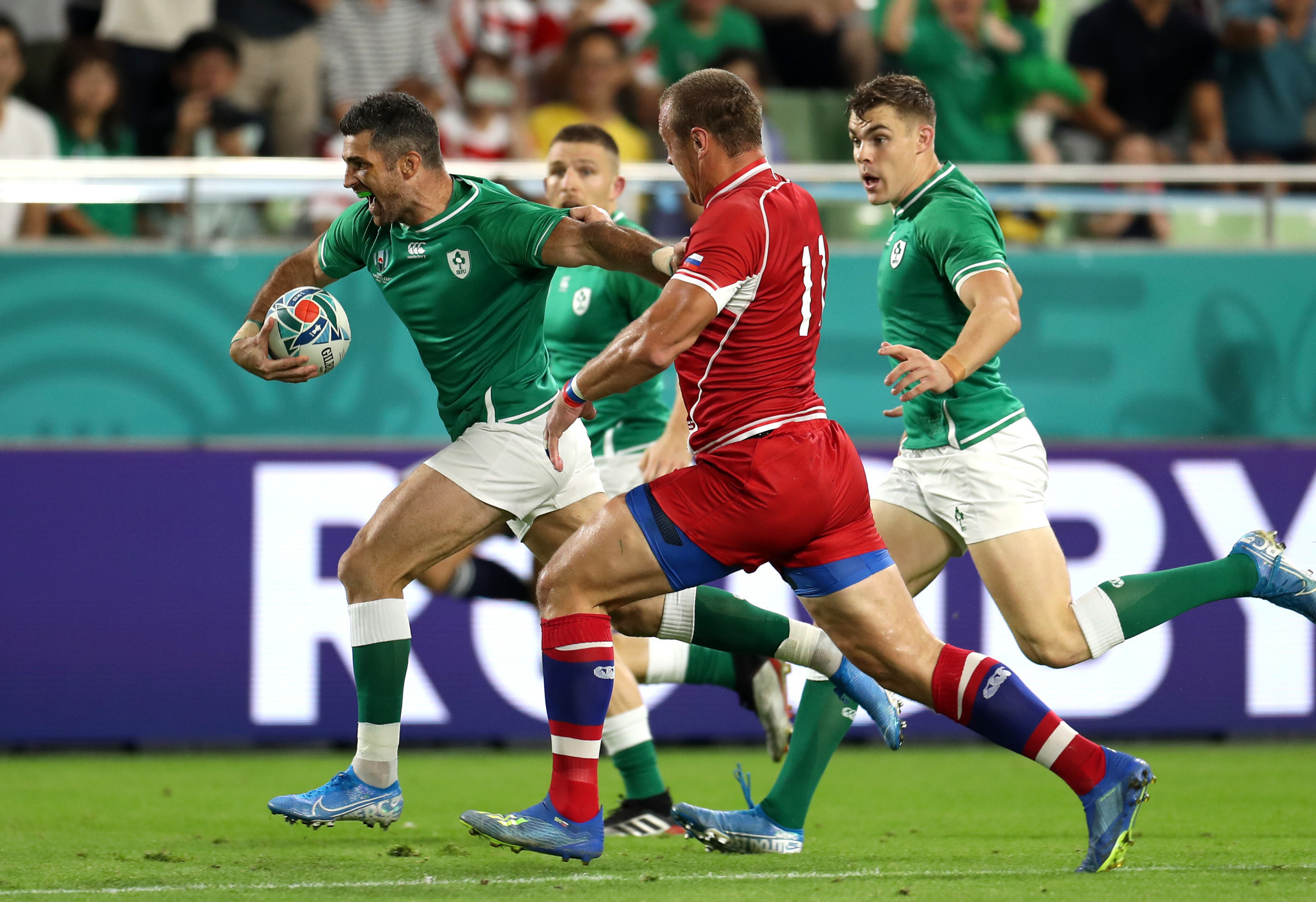 Rob Kearney opened the scoring early for Ireland against Russia ©Getty Images