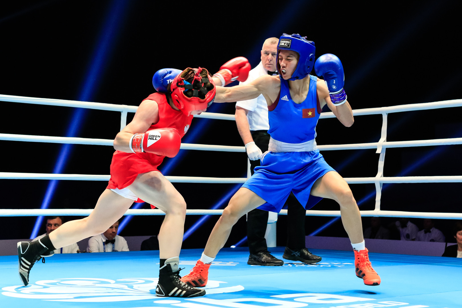 There will be five weight classes at the women's Tokyo 2020 boxing event, including featherweight ©Getty Images