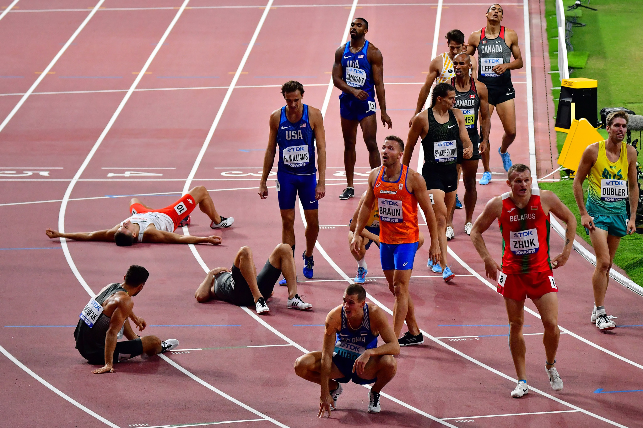 Competitors in the men's decathlon are glad it is over following the final of the 10 events, the 1500m, an event that finished in the early hours of the morning ©Getty Images