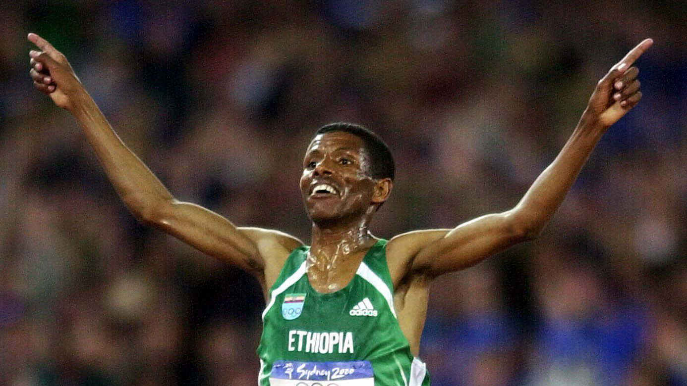 Legendary athletics coaches recognised by IAAF