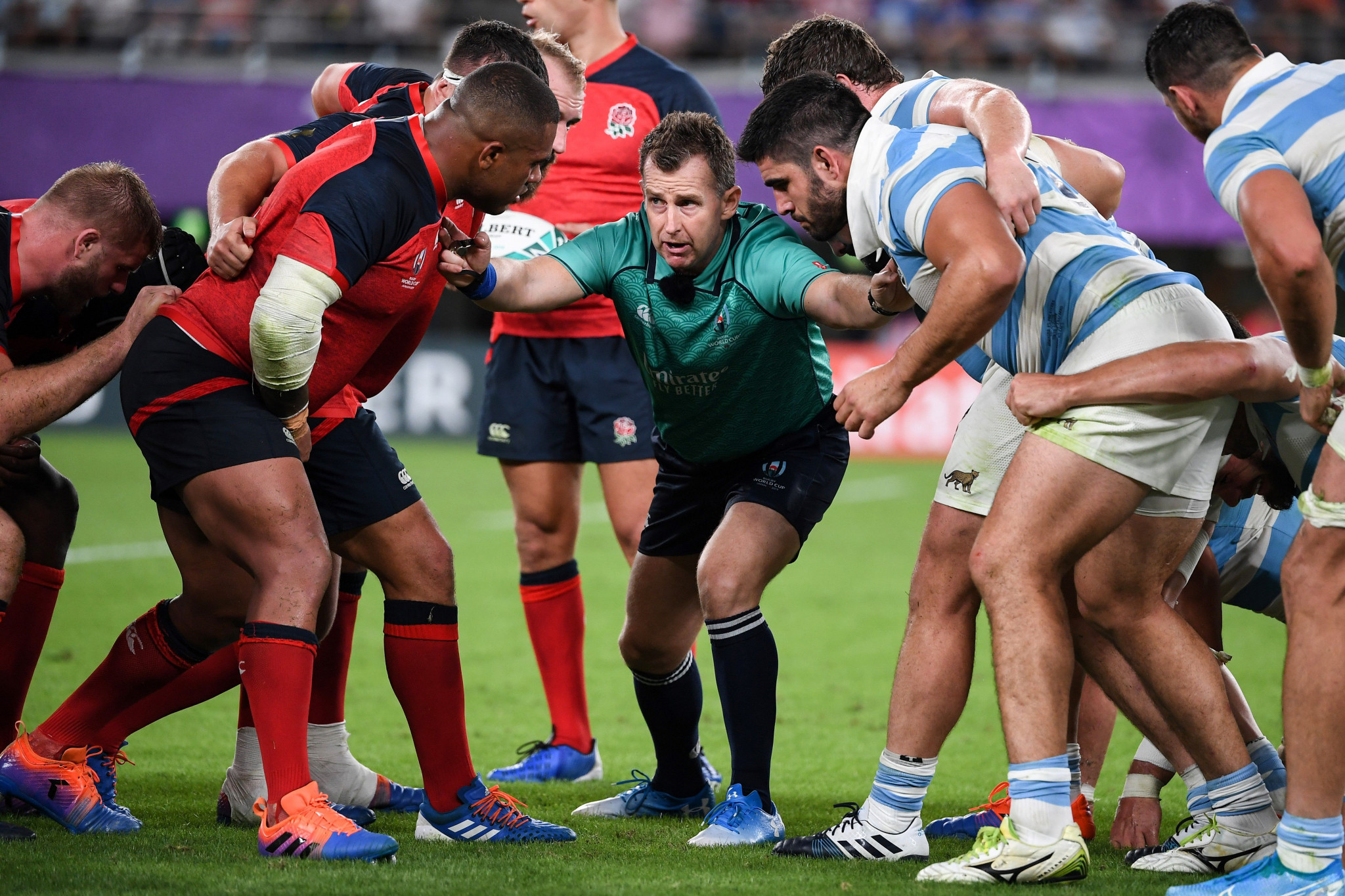 Referee Nigel Owens had his hands full controlling England vs Argentina ©Getty Images