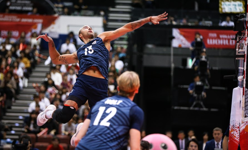 The United States on their way to a convincing victory ©FIVB
