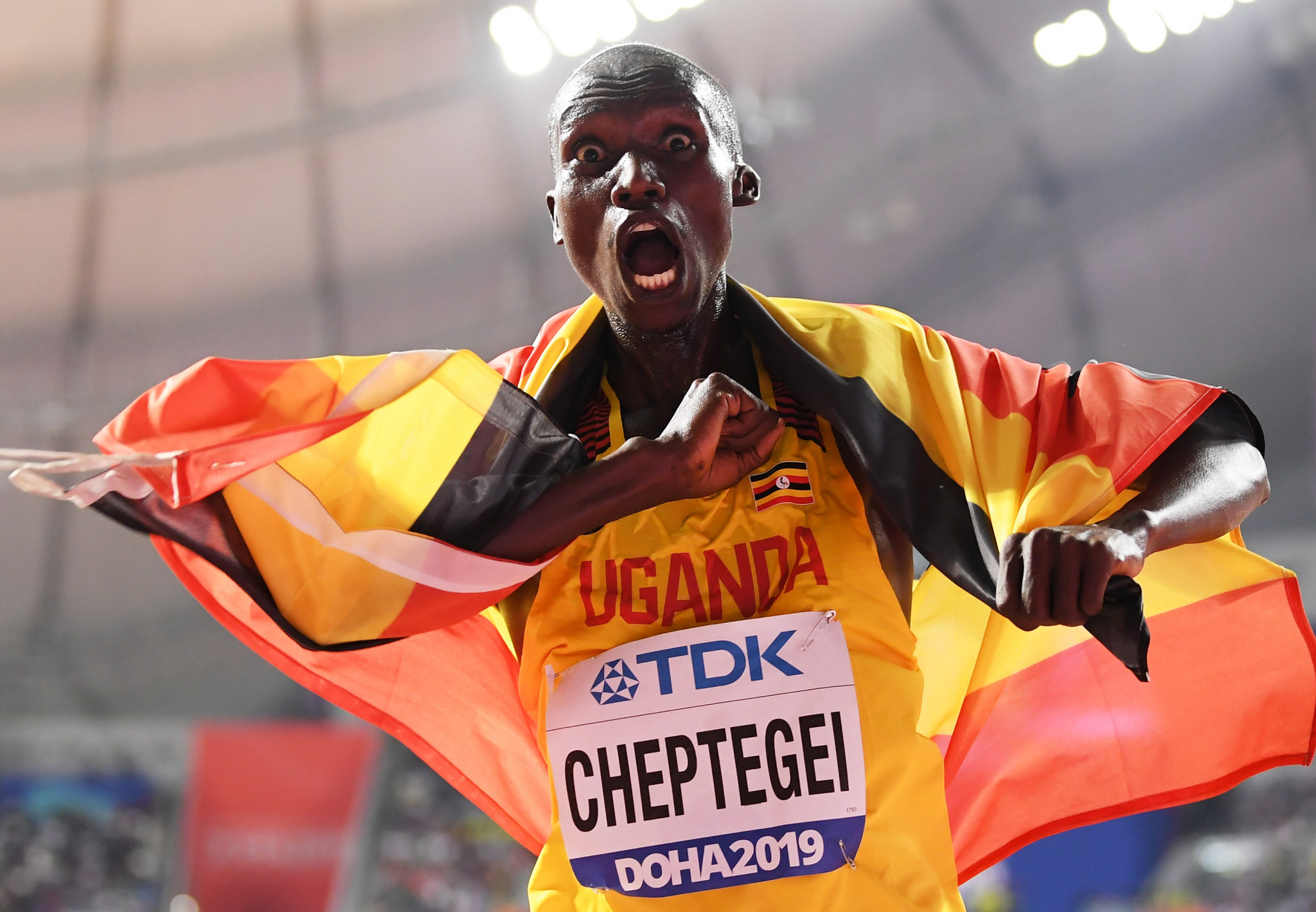 Uganda's Joshua Cheptegei cannot hide his joy after winning the gold medal in the men's 10,000m ©Getty Images