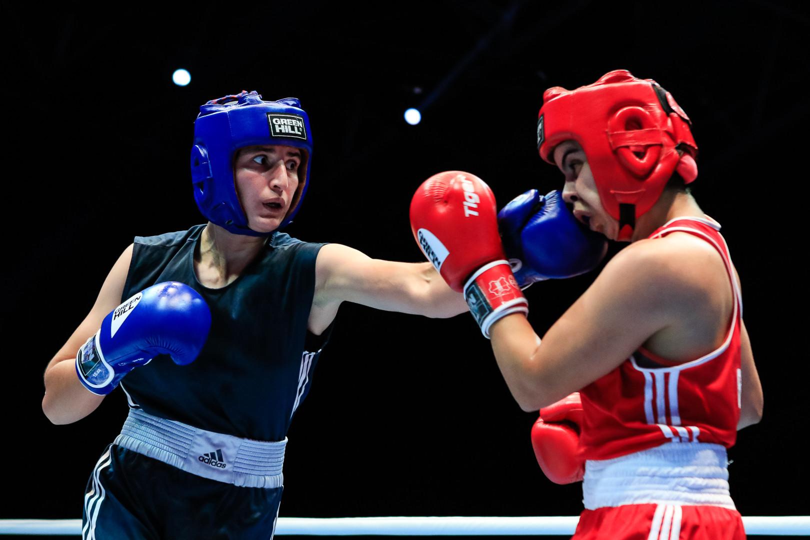 Tajikistan's Nilufar Boboyorova edged past Chahira Selmouni of Algeria at the AIBA Women's World Championships ©AIBA