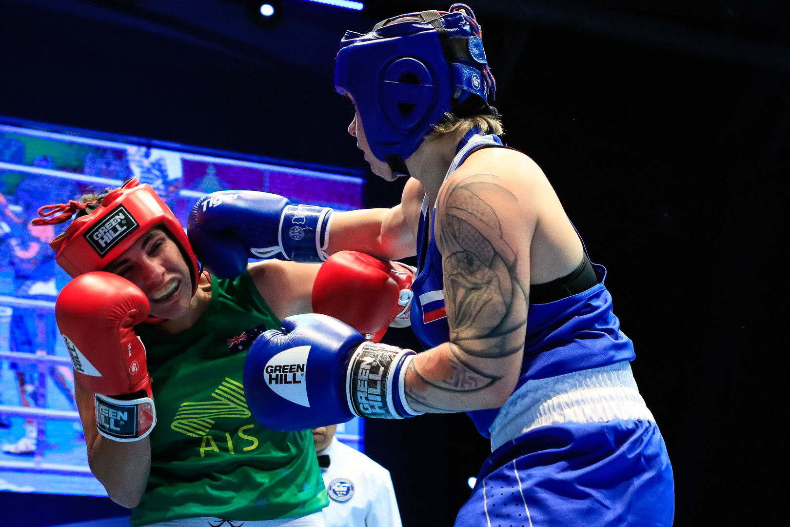 The hosts will have a boxer in the quarter-final, after Ekaterina Dynnik of Russia defeated Jessica Messina of Australia ©AIBA