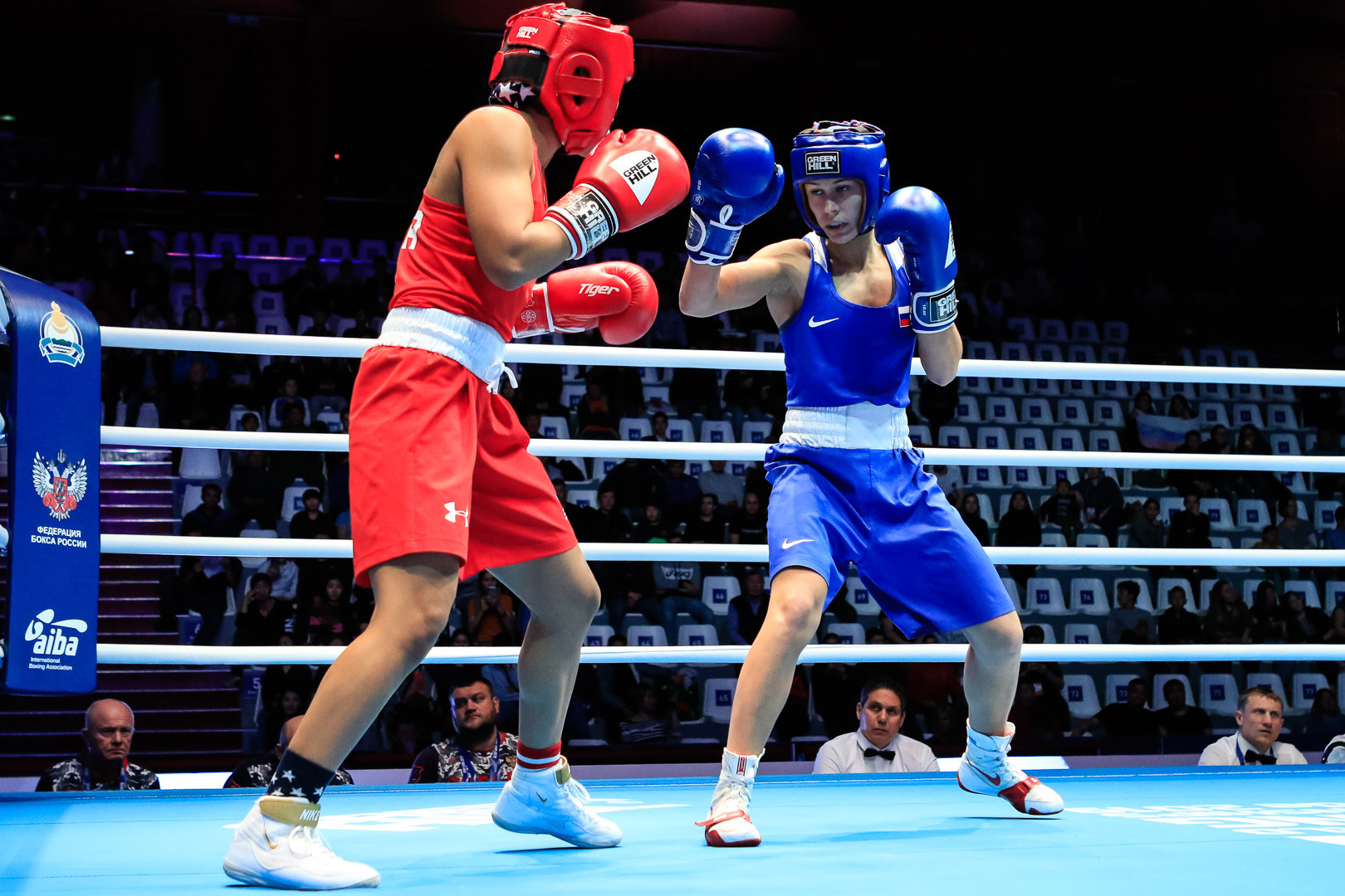 There was also success for Russia in the light flyweight division, with Ekaterina Paltceva taking on Breeanna Locquiao of the United States ©AIBA