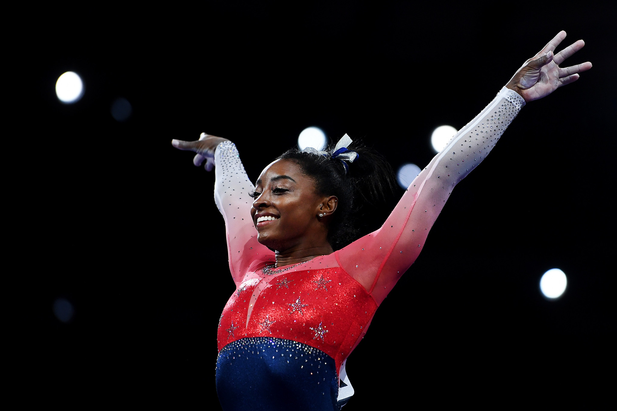 Biles claims record 21st World Championship medal as US triumph
