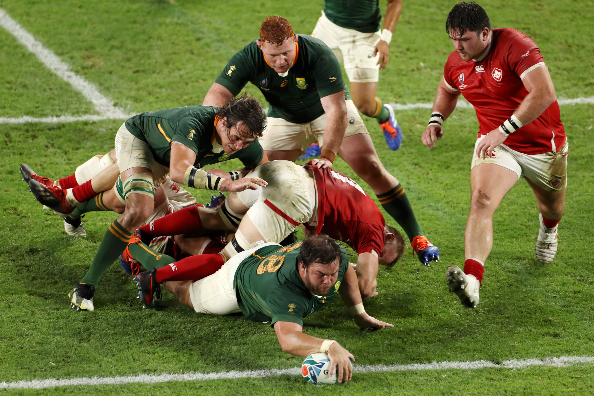 South Africa destroy Canada to make Rugby World Cup quarters